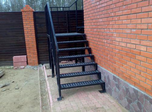 Лестницы для дома своими руками уличные 89
